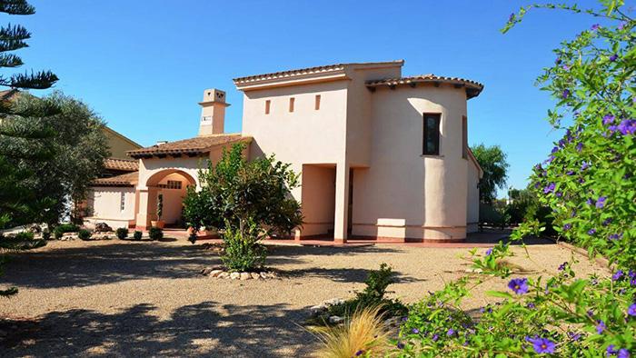 A fabulous Villa with golf views